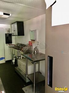1999 P32 Kitchen Food Truck All-purpose Food Truck Interior Lighting Michigan Diesel Engine for Sale