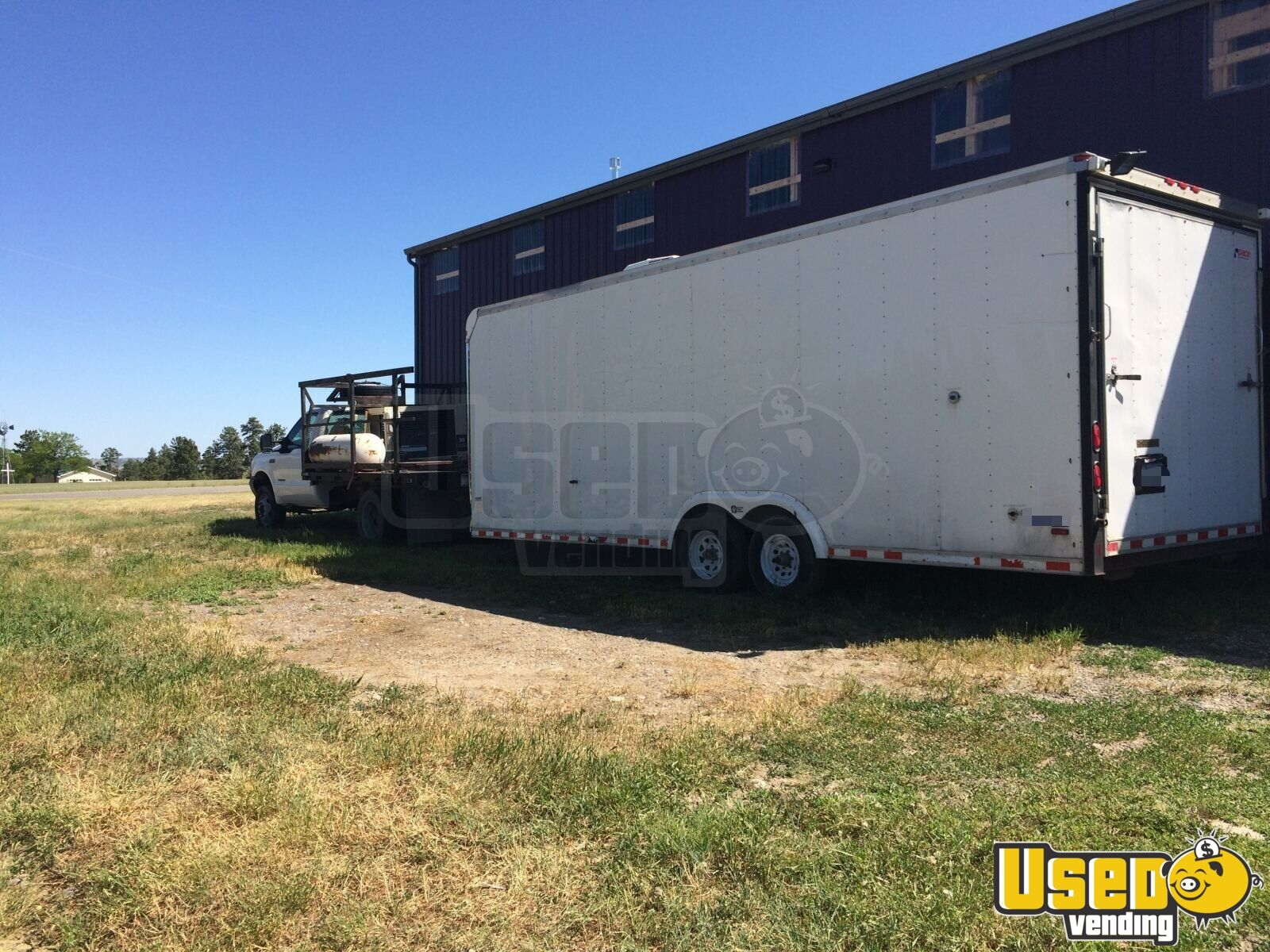8.5\' x 26\' Food Concession Trailer | kitchen trailer for Sale in Montana