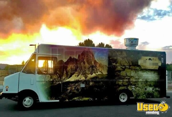 1999 Step Van Kitchen Food Truck All-purpose Food Truck Colorado Diesel Engine for Sale