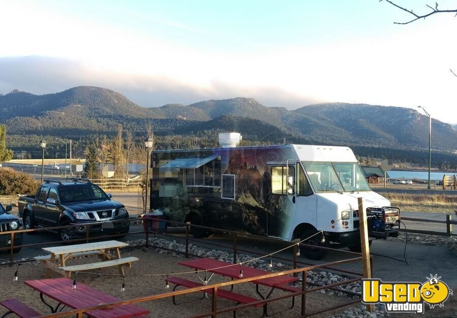 1999 Step Van Kitchen Food Truck All-purpose Food Truck Stainless Steel Wall Covers Colorado Diesel Engine for Sale - 4