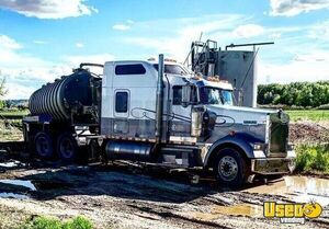 1999 W900 Sleeper Cab Semi Truck Kenworth Semi Truck Wyoming for Sale