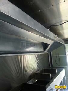 2000 17' E-350 Van Kitchen Food Truck All-purpose Food Truck Exterior Lighting Texas Gas Engine for Sale