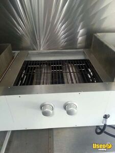 2000 17' E-350 Van Kitchen Food Truck All-purpose Food Truck Water Tank Texas Gas Engine for Sale
