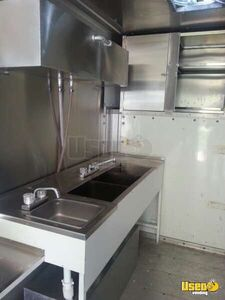 2000 17' E-350 Van Kitchen Food Truck All-purpose Food Truck Work Table Texas Gas Engine for Sale