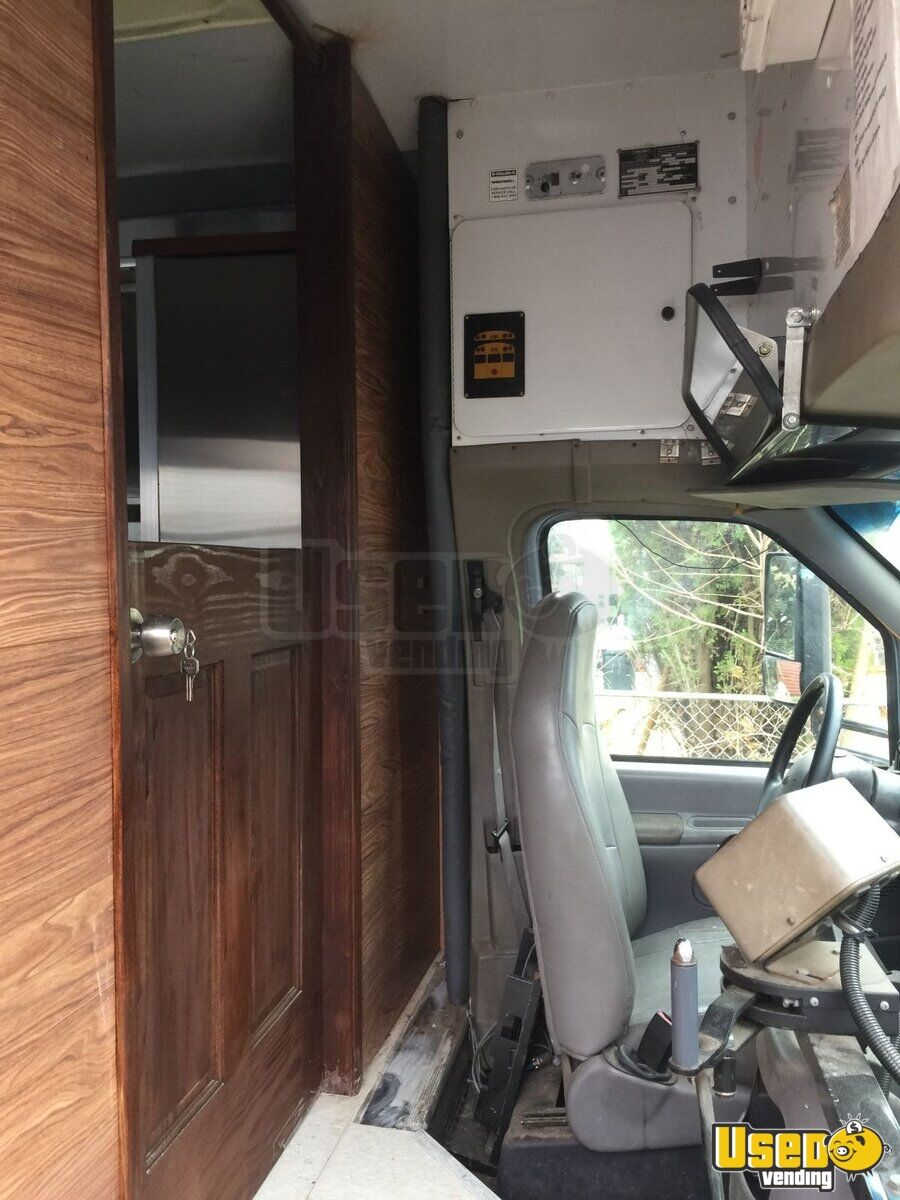 2000 Bus Kitchen Food Truck All-purpose Food Truck Exhaust Fan New York Gas Engine for Sale - 9