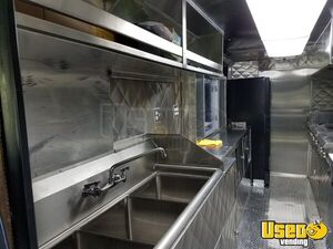 2000 Chevrolet Workhorse P32 All-purpose Food Truck Stainless Steel Wall Covers Texas Diesel Engine for Sale