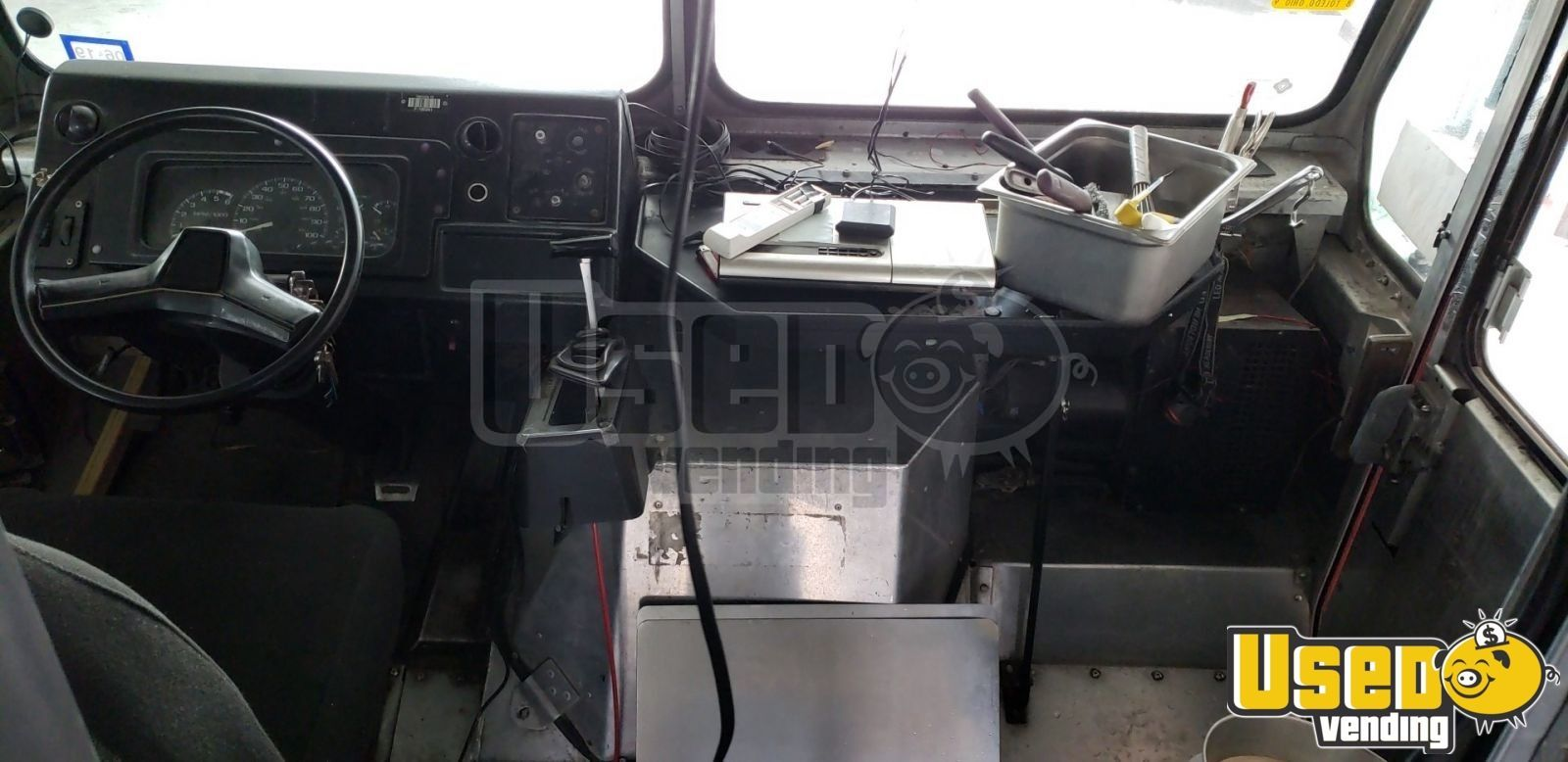 2000 Chevy Workhoarse All-purpose Food Truck Prep Station Cooler Texas Gas Engine for Sale - 14