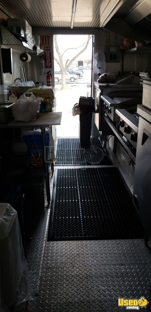 2000 Chevy Workhoarse All-purpose Food Truck Slide-top Cooler Texas Gas Engine for Sale - 11