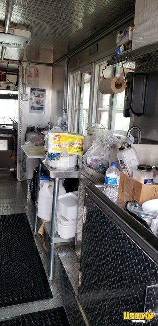 2000 Chevy Workhoarse All-purpose Food Truck Stainless Steel Wall Covers Texas Gas Engine for Sale