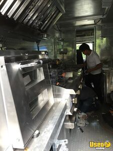 2000 Diesel Step Van Kitchen Food Truck All-purpose Food Truck Diamond Plated Aluminum Flooring Virginia Diesel Engine for Sale