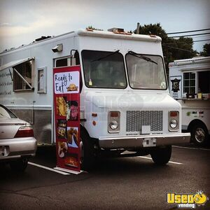 2000 Diesel Step Van Kitchen Food Truck All-purpose Food Truck Virginia Diesel Engine for Sale