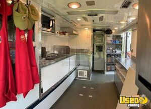 2000 E-250 Van Kitchen Food Truck All-purpose Food Truck Gray Water Tank Maryland Diesel Engine for Sale