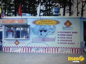 2000 Food Concession Trailer Kitchen Food Trailer Michigan for Sale