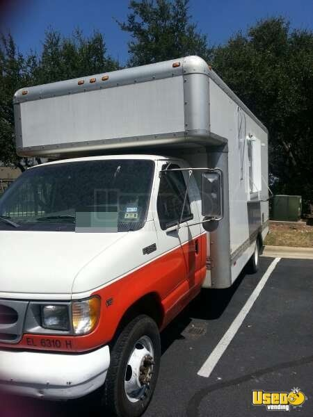 2000 Ford E-350 All-purpose Food Truck Cabinets Texas Gas Engine for Sale - 3