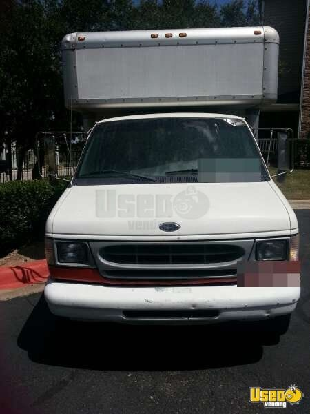 2000 Ford E-350 All-purpose Food Truck Stainless Steel Wall Covers Texas Gas Engine for Sale - 4