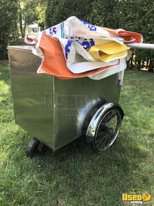 2000 Ice Cream Cart Food Cart Umbrella New Jersey for Sale