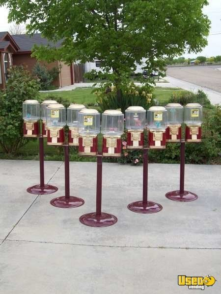2000' Liberty Vending Double Head Candy / Capsule Rack Vending Machine 5 Idaho for Sale