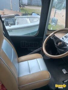 2000 Mt45 Step Van Mobile Boutique Truck A/c Power Outlets Florida Diesel Engine for Sale