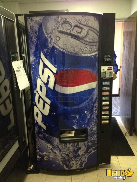 Used Pepsi Snack And Soda Vending Machines