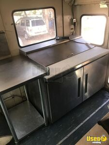 2000 Private Electrician And Carpenter All-purpose Food Truck Prep Station Cooler Colorado Diesel Engine for Sale