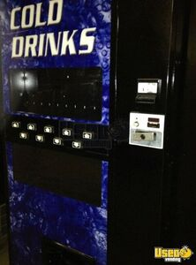 2000 Refurbished Soda Vending Machine 2 Illinois for Sale