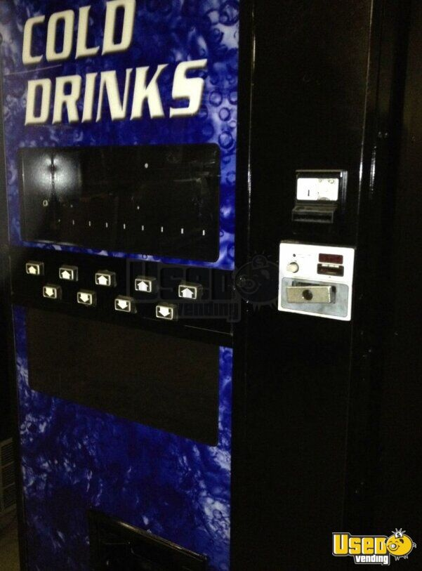 2000 Refurbished Soda Vending Machine 2 Illinois for Sale - 2
