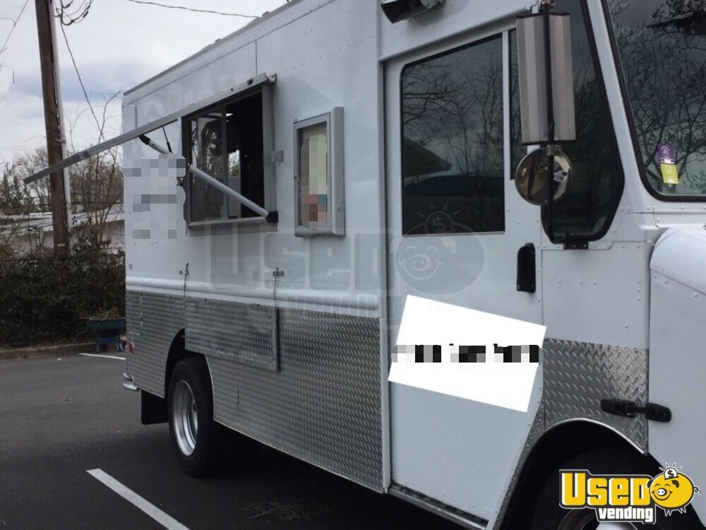 2000 Workhorse All-purpose Food Truck Concession Window Virginia Diesel Engine for Sale - 3