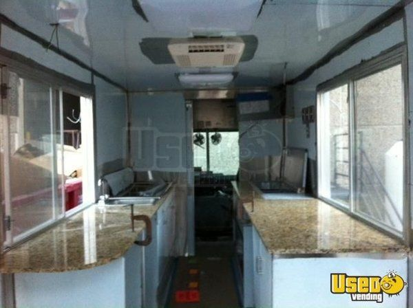 2000 Workhourse P40 Pizza Food Truck Deep Freezer Indiana Diesel Engine for Sale