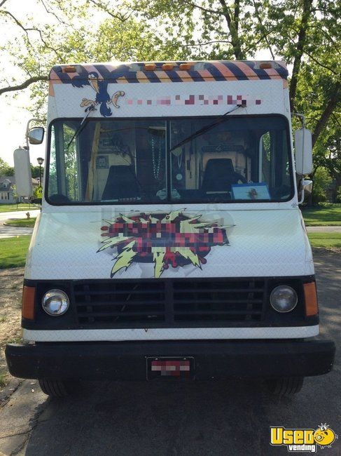 2000 Workhourse P40 Pizza Food Truck Diamond Plated Aluminum Flooring Indiana Diesel Engine for Sale