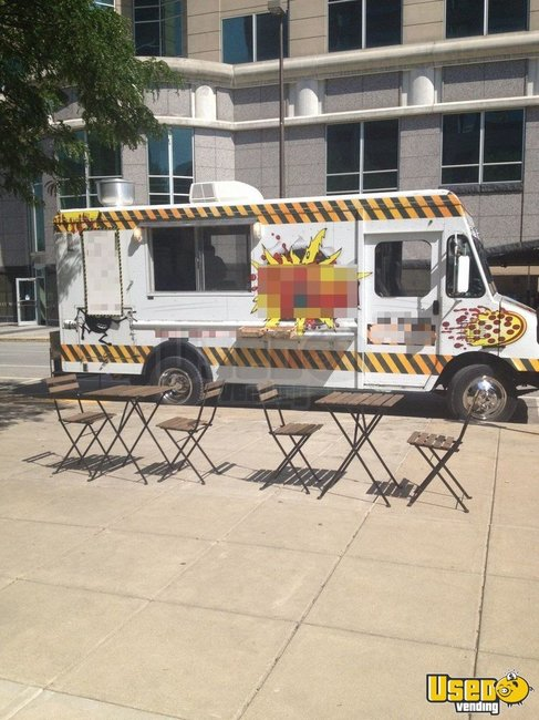 2000 Workhourse P40 Pizza Food Truck Indiana Diesel Engine for Sale