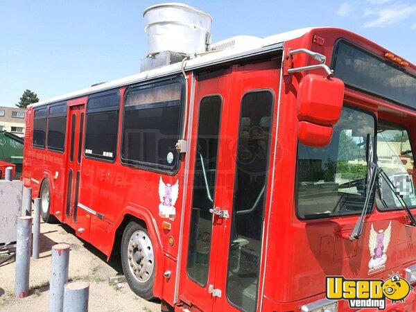 2001 All-purpose Food Truck Colorado Diesel Engine for Sale