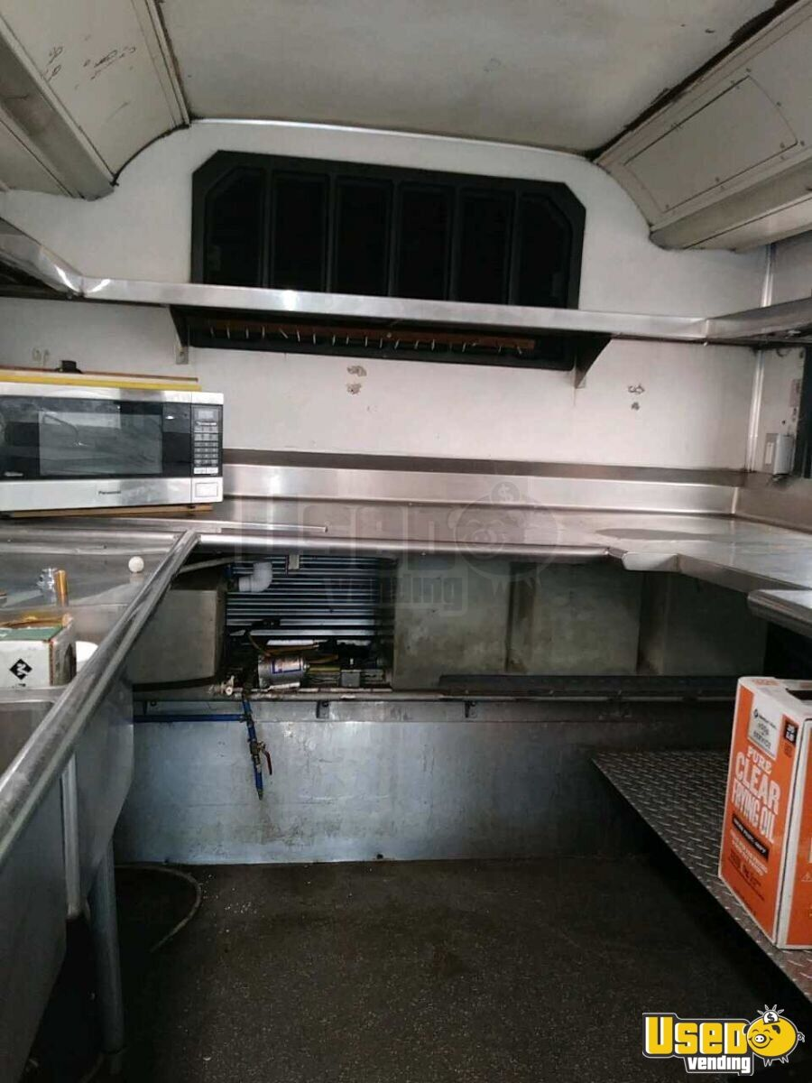 2001 All-purpose Food Truck Microwave Colorado Diesel Engine for Sale - 14