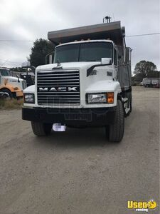 2001 Ch Dump Truck Mack Dump Truck 2 Texas for Sale