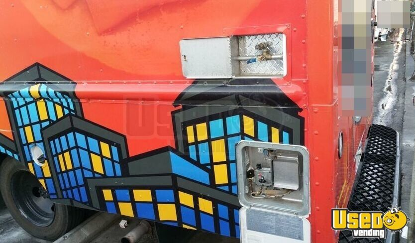 2001 Chevy P30 Food Truck Exhaust Fan California Diesel Engine for Sale - 22