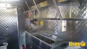2001 Chevy P30 Food Truck Stainless Steel Wall Covers California Diesel Engine for Sale