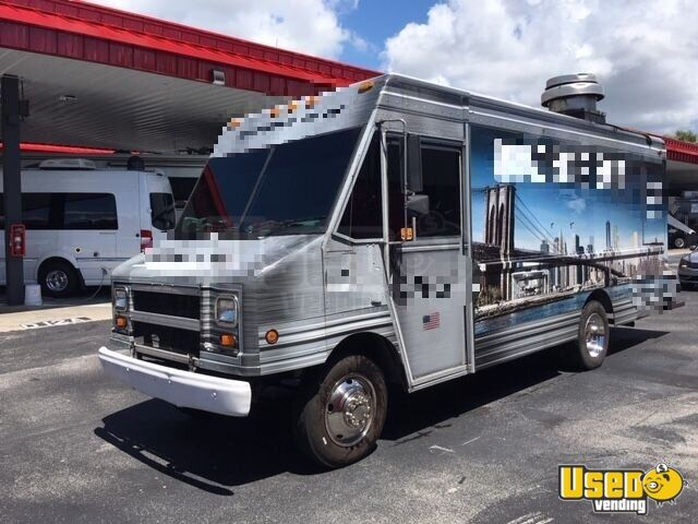 2001 Chevy Workhorse All-purpose Food Truck Air Conditioning Florida Gas Engine for Sale - 2