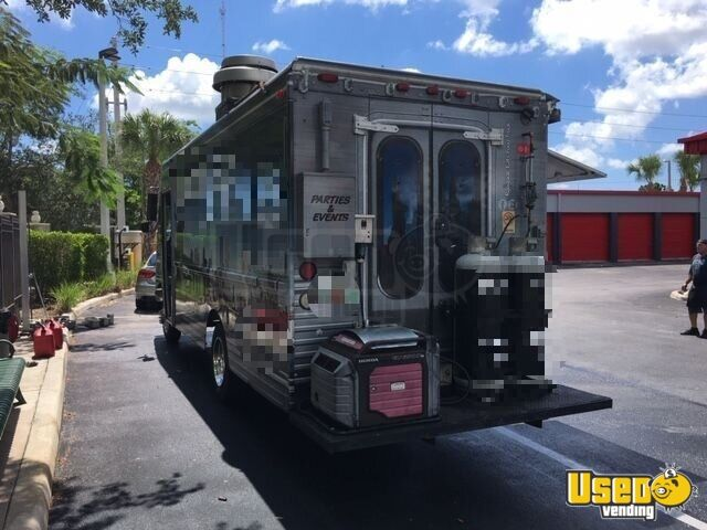 2001 Chevy Workhorse All-purpose Food Truck Exterior Customer Counter Florida Gas Engine for Sale - 5