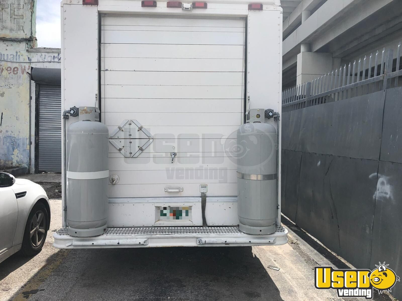 2001 Frht All-purpose Food Truck Stainless Steel Wall Covers Florida Diesel Engine for Sale - 3