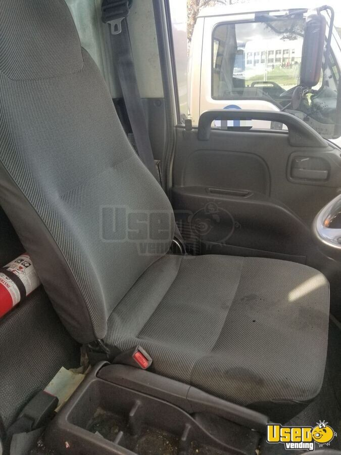 2001 Isuzu Other Mobile Business 10 Michigan for Sale - 10