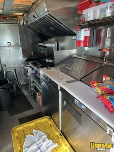 2001 P42 Workhorse Step Van Kitchen Food Truck All-purpose Food Truck Propane Tank Kentucky Diesel Engine for Sale