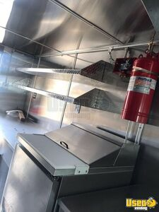 2001 Step Van Kitchen Food Truck All-purpose Food Truck Floor Drains Florida Diesel Engine for Sale