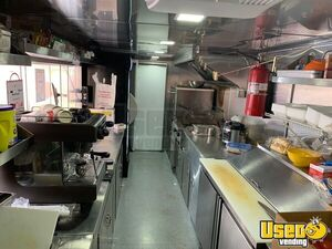 2001 Step Van Kitchen Food Truck All-purpose Food Truck Insulated Walls Florida for Sale