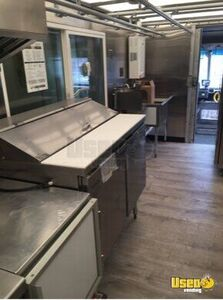 2001 Utilimaster Kitchen Food Truck All-purpose Food Truck Exterior Lighting Ohio Gas Engine for Sale