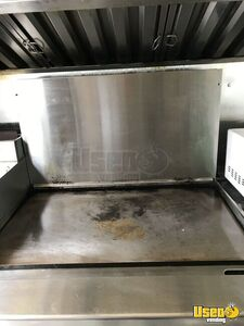2001 Utilimaster Kitchen Food Truck All-purpose Food Truck Fresh Water Tank Ohio Gas Engine for Sale