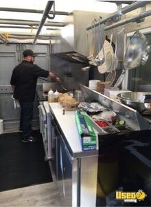 2001 Utilimaster Kitchen Food Truck All-purpose Food Truck Gfi Outlets Ohio Gas Engine for Sale
