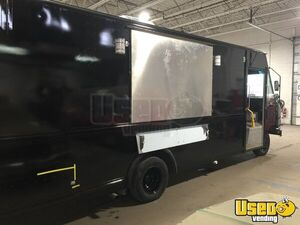 2001 Utilimaster Kitchen Food Truck All-purpose Food Truck Shore Power Cord Ohio Gas Engine for Sale