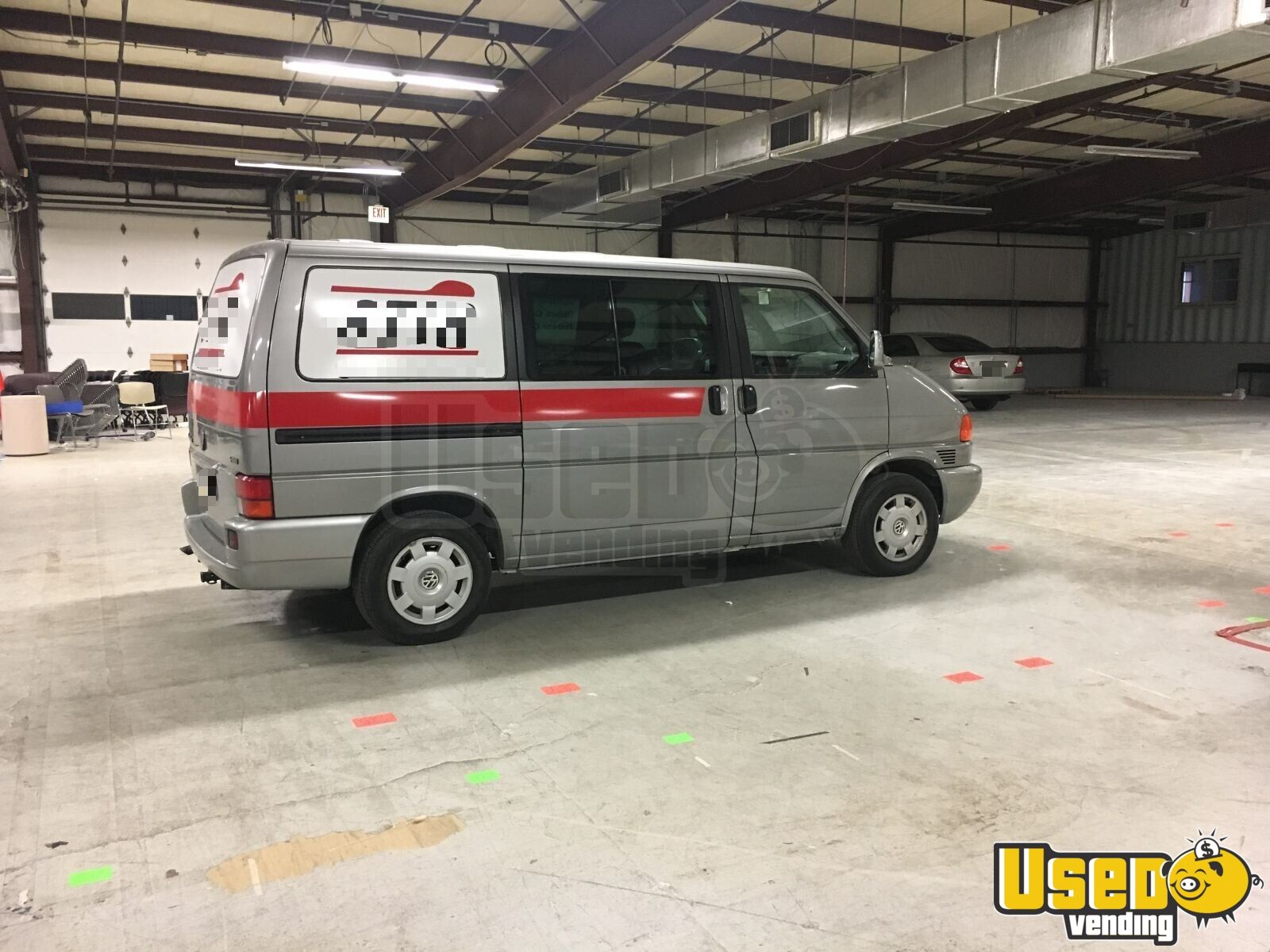 2001 Volkswagen Eurovan Coffee Truck Diamond Plated Aluminum Flooring Indiana Gas Engine for Sale - 3