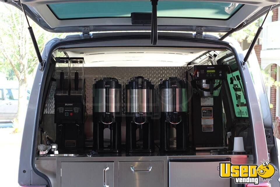2001 Volkswagen Eurovan Coffee Truck Gray Water Tank Indiana Gas Engine for Sale - 8