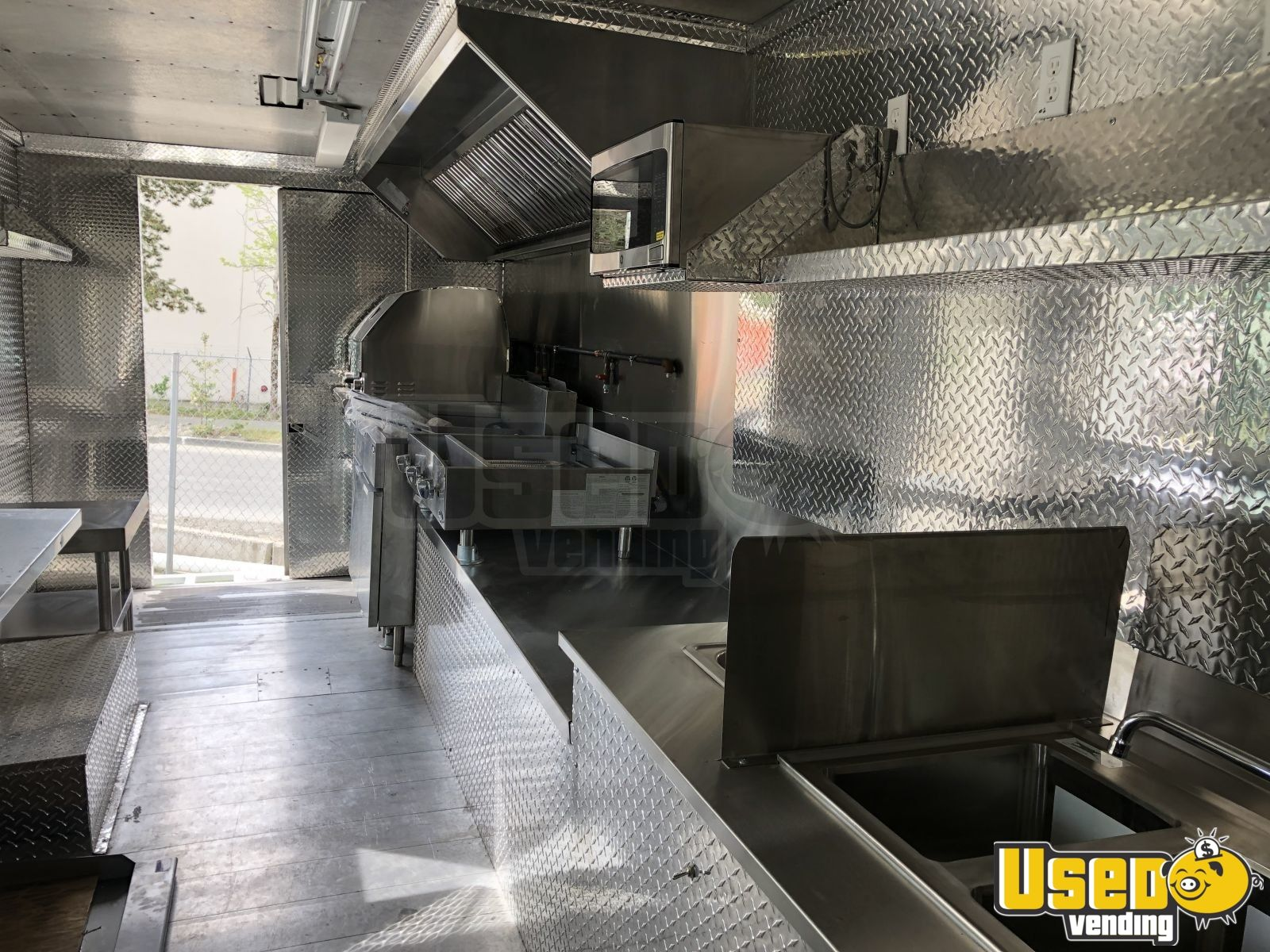 2001 Workhorse P42 All-purpose Food Truck Concession Window Washington Diesel Engine for Sale - 2