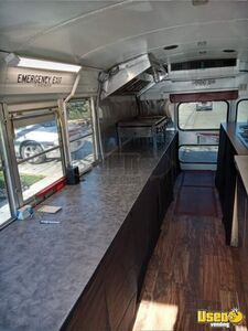 2002 24' School Bus Kitchen Food Truck All-purpose Food Truck Flatgrill New Mexico Gas Engine for Sale